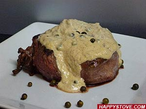 Filet Mignon Steak with Green Peppercorn Sauce - By happystove.com