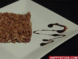 Rice Krispies and Milky Way Cake - By happystove.com