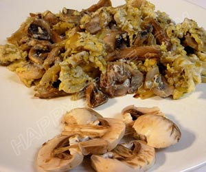 Mushroom Scrambled Eggs