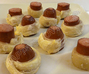 Puff Pastry Wrapped Frankfurter Bites