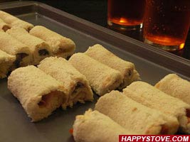 Nutella and Hazelnuts Tramezzini Rolls - By happystove.com