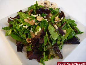 Mushroom and Soy Sauce Mixed Green Salad - By happystove.com