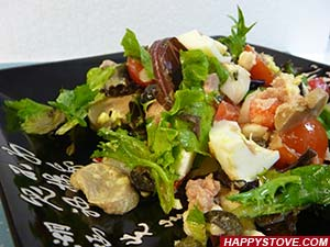 Italian Tuna and Mixed Greens Salad - By happystove.com