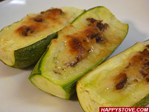 Zucchini Boats with Mozzarella Cheese and Anchovies - By happystove.com
