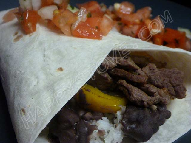 Burrito with Beef Steak, Bell Peppers and Pinto Beans - By happystove.com